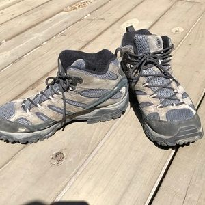 Merrill hiking shoes